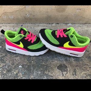 Girls Nike Air Max 9c